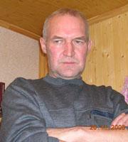 Aйдaр Caxибзaдинoв